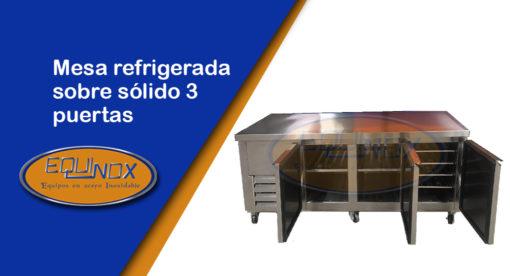 Equinox-Mesa refrigerada sobre sólido 3 puertas-A