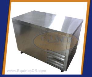 Equinox-Mesa refrigerada sobre solido 1 puerta-C