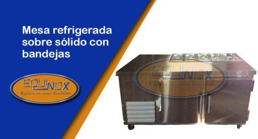 Equinox-Mesa refrigerada sobre sólido con bandejas-A